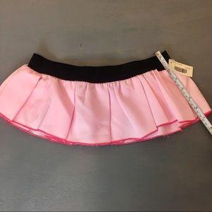Dresses & Skirts - NWT handmaded local shop pink Gogo skirt